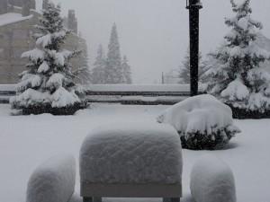 Hotel TucBlanc. Bancs nevats a la nostra terrassa