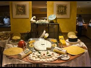 Restaurante TucBlanc. Surtido de quesos