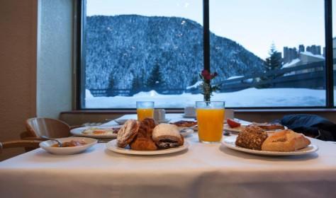 Breakfast Hotel Tuc Blanc Baqueira