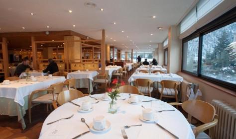 Table Hotel Tuc Blanc Baqueira