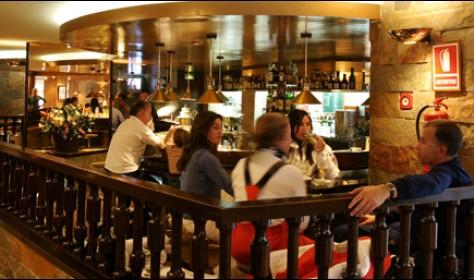 Cafetería - Bar de Tapas Hotel TucBlanc Baqueira
