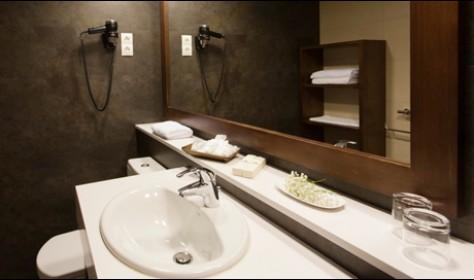 Baño completo habitación doble/individual